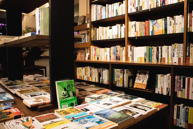 出版社が作るブックカフェ「BAG ONE」オープン!
