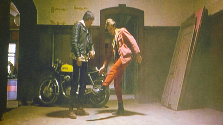 リバーフェニックスの赤いジャケット