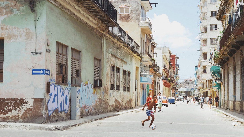 キューバへ。